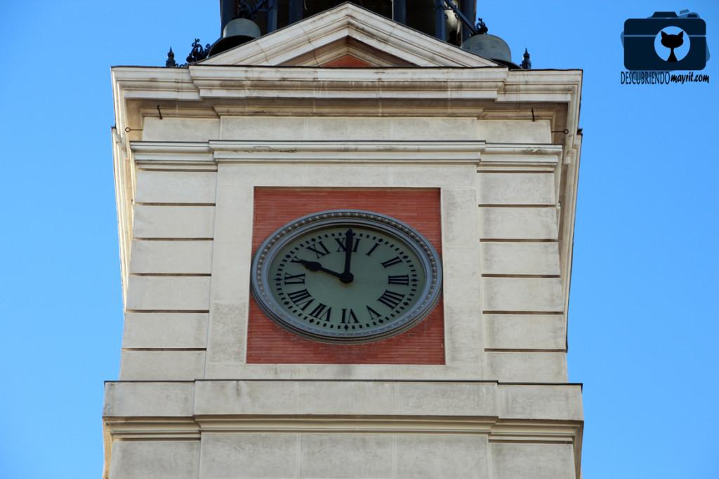 Reloj de la Puerta del Sol - Descubriendo Mayrit