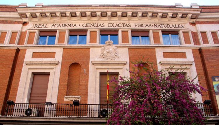 Real Academia de Ciencias Exactas, Fisicas y Naturales - Descubriendo Mayrit